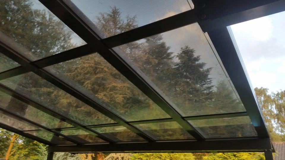 Populair Heldere glazen zonnepanelen :: Quality Veranda Montage BV &AI49